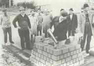 Grundsteinlegung im Jahr 1974